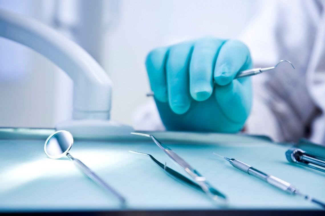 dentist-4-1140x759